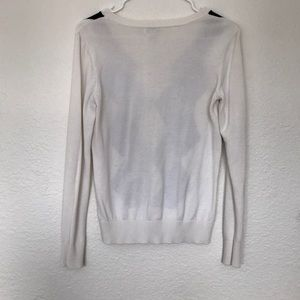 Izod Sweaters - White, Black and Grey Argyle Sweater, Size Small